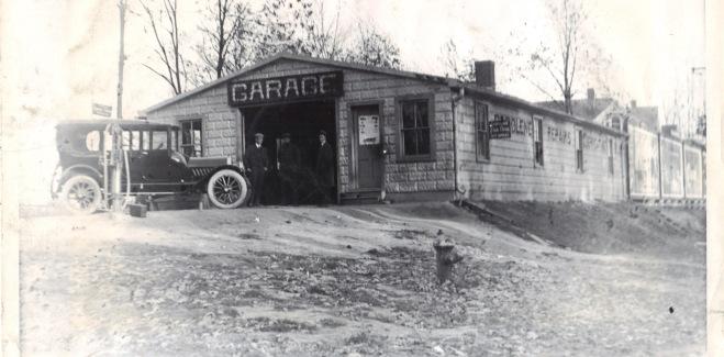 1915 Original Rockville Garage