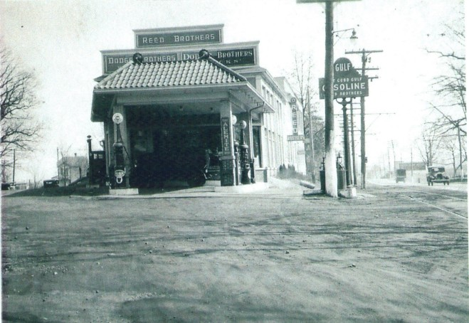 1920's front with Gulf Gasoline