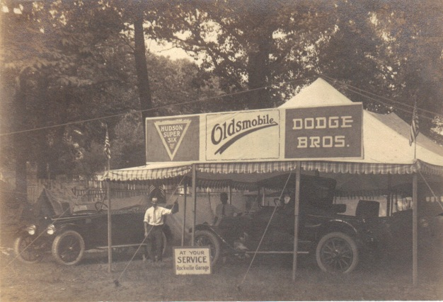 Hudson Super Six, Oldsmobile, and Dodge Brothers Motor Cars on display