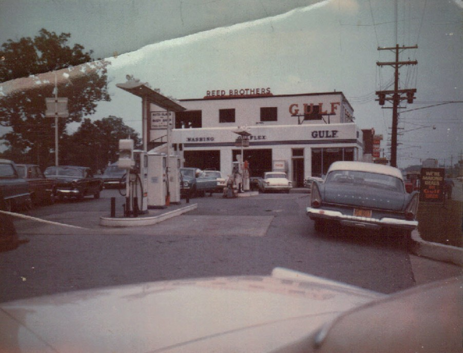 Reed Brothers Dodge Gulf Gas Station