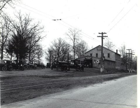 1917 Rockville Garage