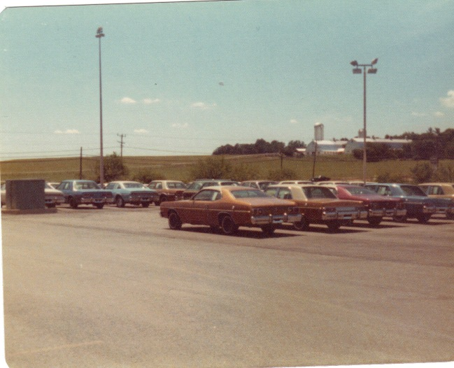 1970 Reed Brothers Dodge car lot