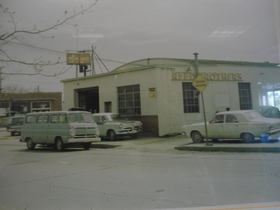 Reed Brothers Service Dept 1940