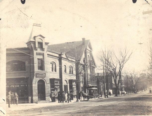 Vinson's Drug Store 1912 Rockville