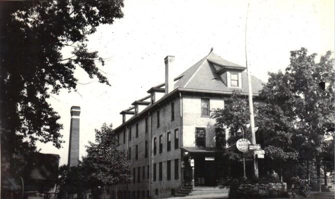 Saylorsburg Lake House