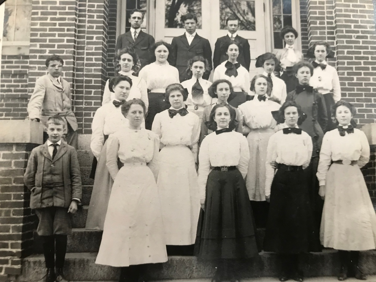 Montgomery County High School 1910