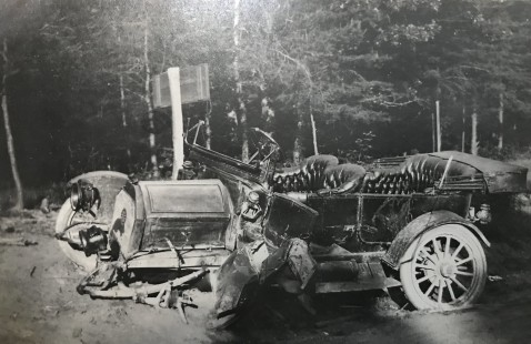 1920s wrecked car