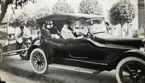 1918 Oldsmobile Roadster