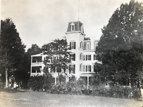Woodlawn Hotel/Chestnut Lodge 1910