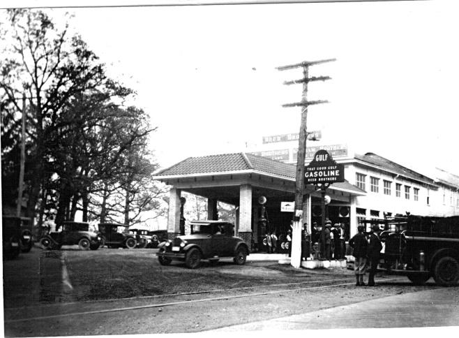Early 1930s Gulf Gas