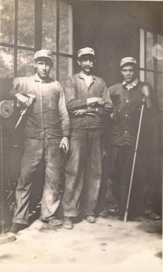 1916 Rockville Garage First Shop Force